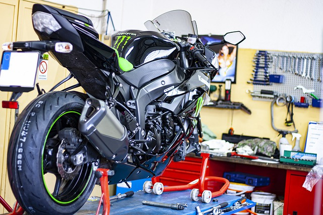 How To Bleed Motorcycle Brakes Manually