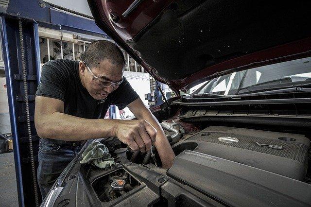 Engine Oil Smells Like Gas