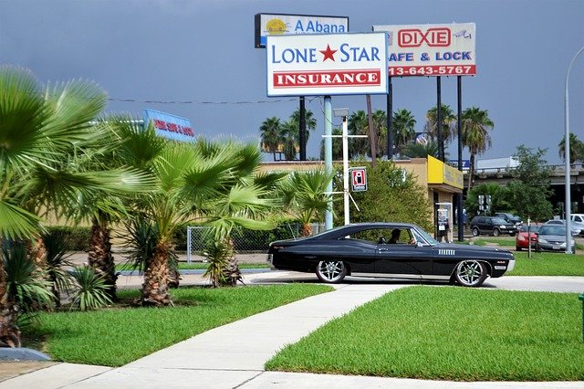 DOes Car Insurance Cover Broken Window
